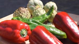 Verdures (pebrots vermell i verds i carxofes)