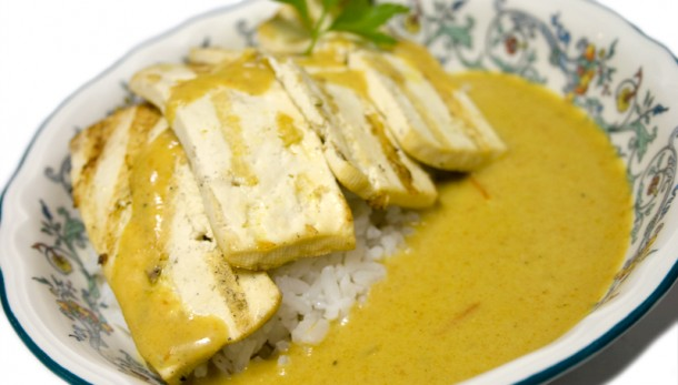 Filets de tofu amb curry